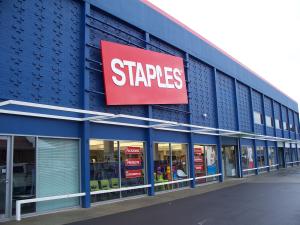 Staples_2